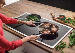 Nhiều người tiêu dùng vẫn đang tự hỏi bếp từ có hại cho sức khỏe hay không?