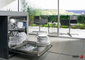 Cách vệ sinh, sử dụng và bảo quản máy rửa bát